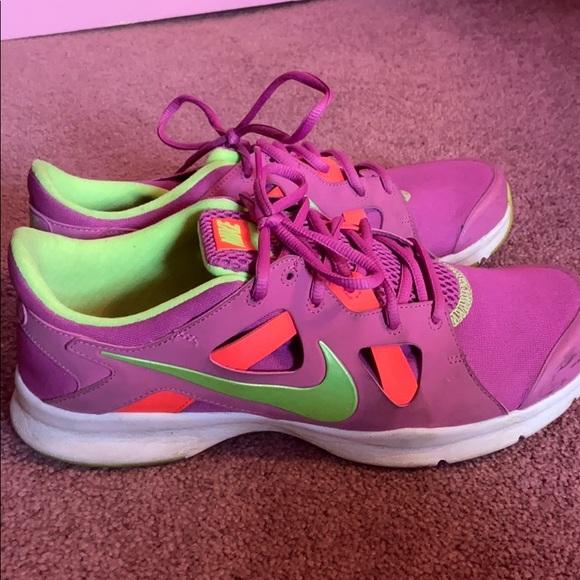 Nike Shoes   Nike Memory Foam Sneaker